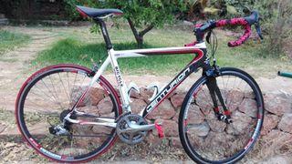bicicleta carretera carbono Centurion talla 56