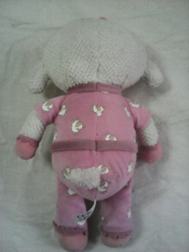 Muñeco la doctora de juguetes lanitas