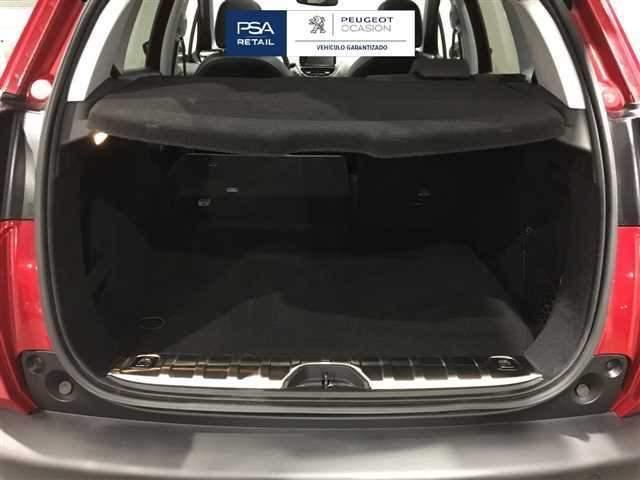 Peugeot 2008 BlueHDi 120 SANDS Allure EAT6 88 kW (120 CV)