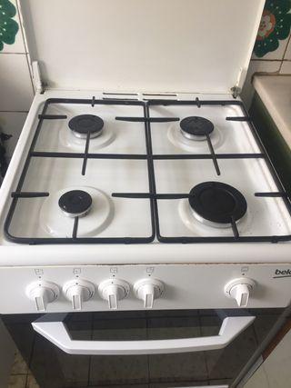 Cocina de gas Beko