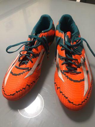 Botas fútbol talla 44