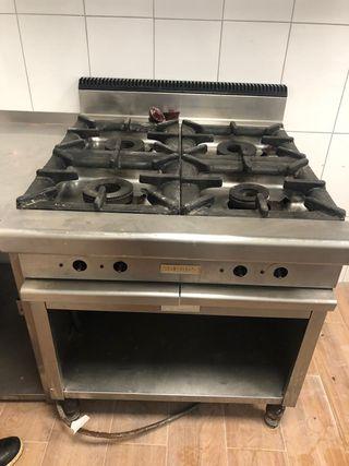 Se vende cocina industrial de gas