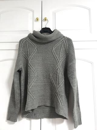 4a539d26636c Jersey lana de segunda mano en Pamplona en WALLAPOP