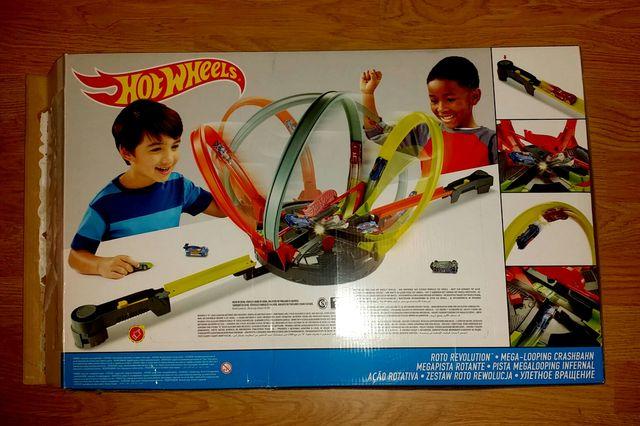 Hot Wheels. Pista Megalooping infernal