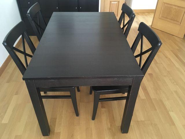 Mesa de comedor IKEA con sillas de segunda mano por 120 € en San ...