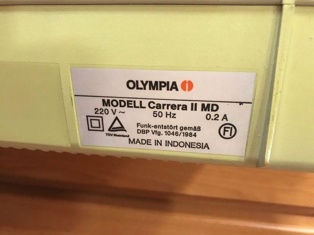 Máquina escribir Olympia Carrera II