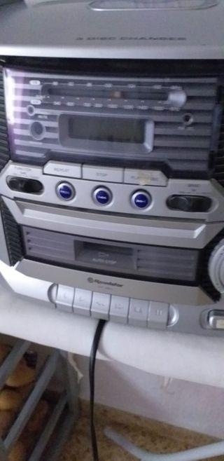 equipo musica antiguo con cd