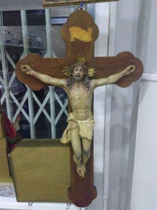 Crucifijo muy antiguo,antiguedades