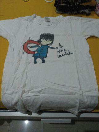 camiseta La niña imantada