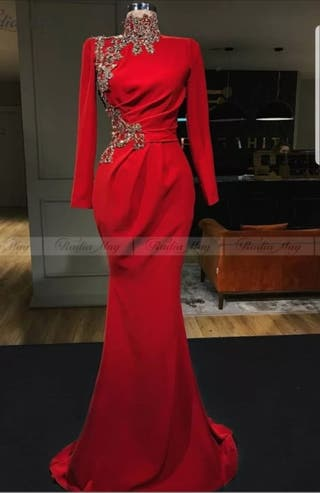 Vestido rojo caftan Dubai apliques dorados