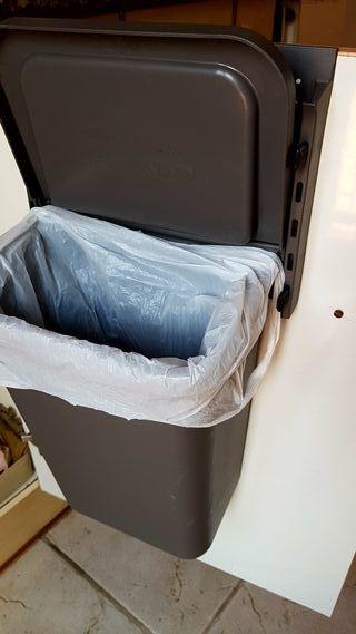Cubo basura para interior armario de Ikea