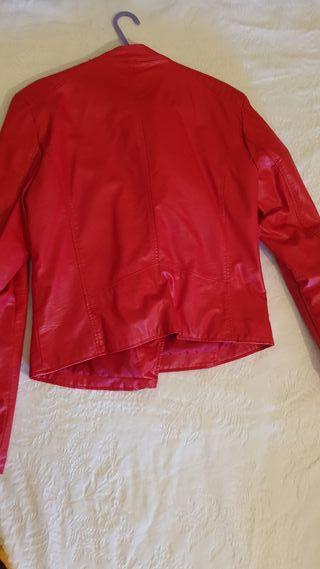 chaqueta polipiel stradivarius