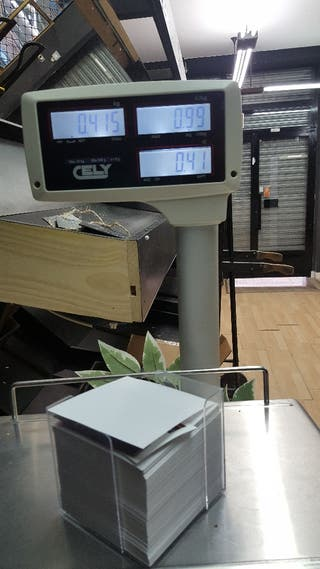 Caja registradora con balanza