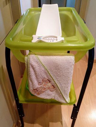 Bañera bebé Jané Splash y Kit de baño.