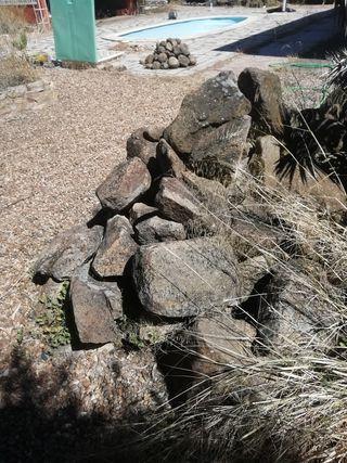 piedras decorativas jardín gratis