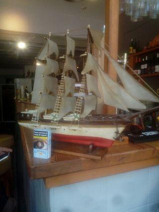barco maqueta antigua