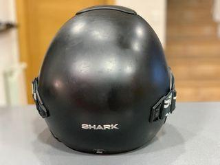 Casco Shark Vancore con dispositivo Sena SMH10R