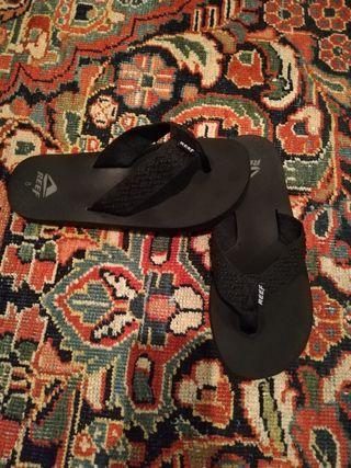 zapatillas playa Reef negras nuevas