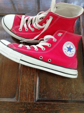 zapatillas originales en rojo