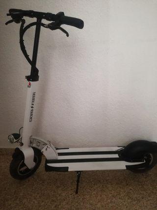 se vende patinete eléctrico skateflash 3.0 500w