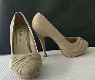 aa7a882e Zapatos de fiesta con plataforma de segunda mano en WALLAPOP