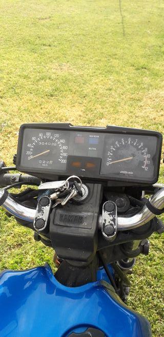 Yamaha XS 400