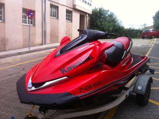 Vendo Moto de Agua Kawasaki Ultra 250 X