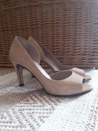 d6a534569f0 Zapatos para mujer sin tacón de segunda mano en la provincia de ...