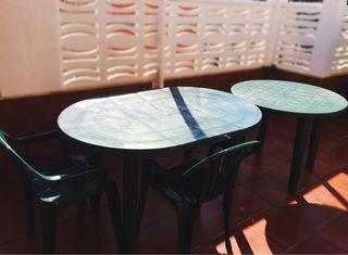 Mesas y sillas jardín