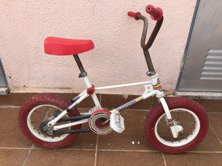 Bicicleta infantil COLOMA