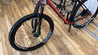 """Bicicleta MTB Carbono Talla L 21"""" 2018"""
