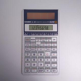 Calculadora científica CASIO fx-915