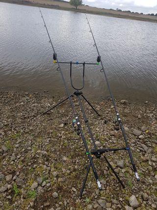 Trípode de pesca nuevecito