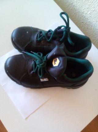 zapatos de obra