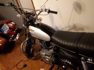 moto ducati road 250
