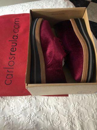 Zapatos mujer color granate talla 39