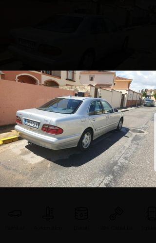 Mercedes-Benz Clase E 2000