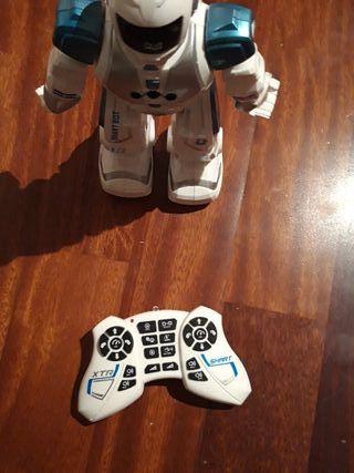 robot nuevo eurekakids