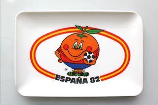 Cenicero de Naranjito (apaisado) Mundial de fútbol