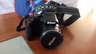Cámara Nikon I100 casi nueva