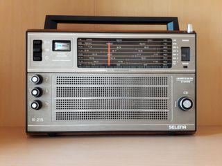 Radio clásica en excelente estado, antigua URSS