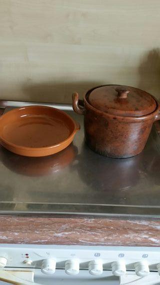 Olla y plato de barro