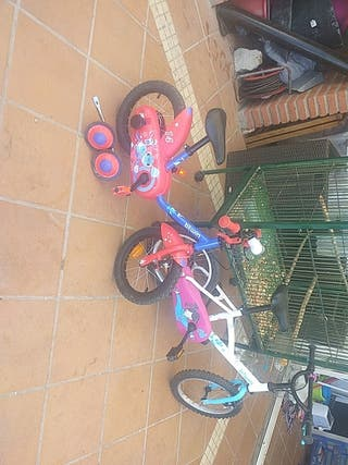 vendo bicicleta de niña en muy buen estado
