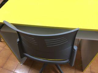 Mesa y silla escritorio
