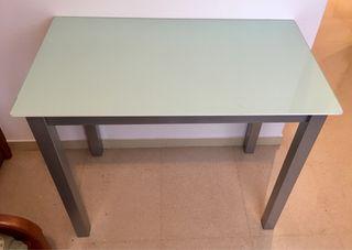 Mesa escritorio de Cristal y acero. Nueva.