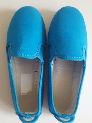 Zapatillas tela talla 32