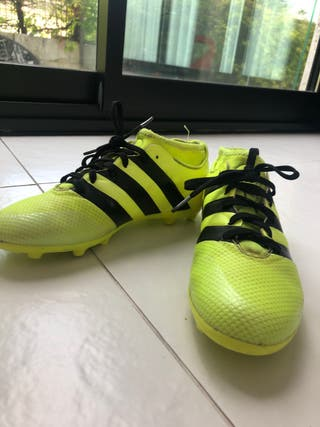 botas adidas de futbol de tacos como nuevas