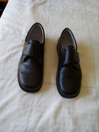 2b43ee58f34 Zapatos para niñas Comunión de segunda mano en Jerez de la Frontera ...