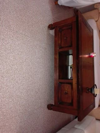 vendo mesa madera maciza para el sofá