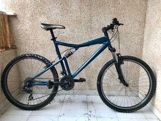 Bicicleta doble suspensión
